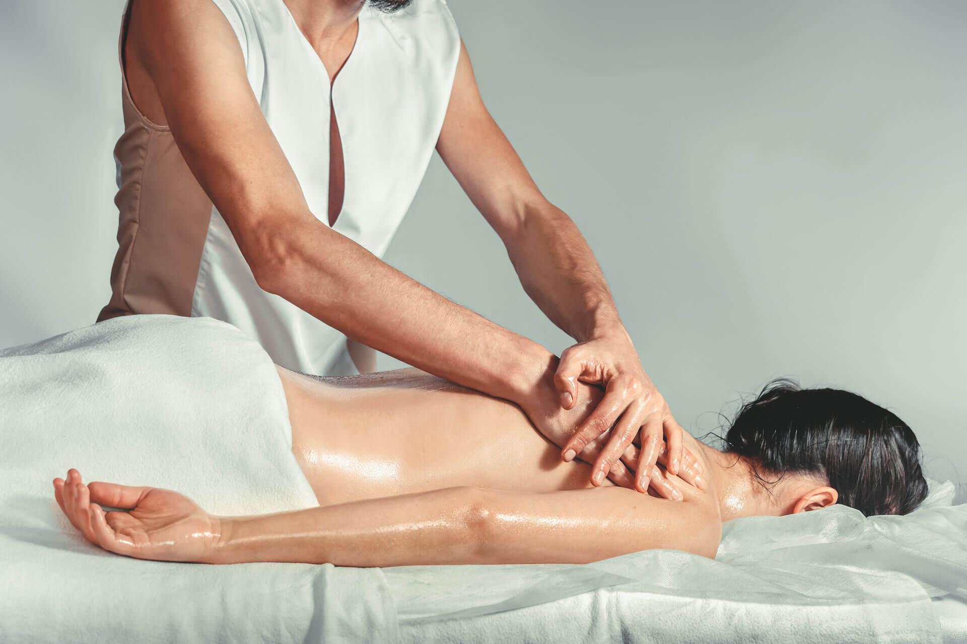 formation professionnelle au massage indien ayurvédique Abhyanga