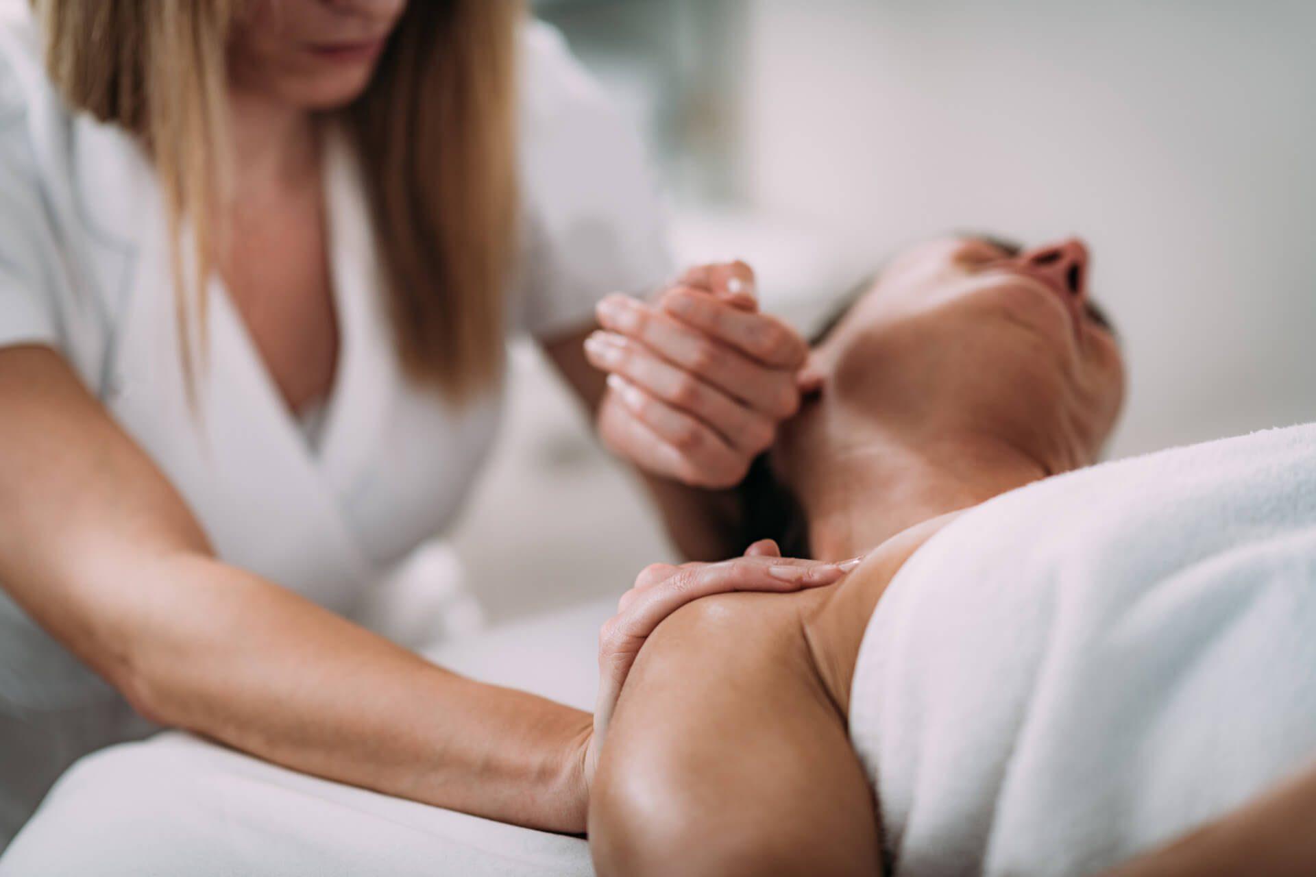 formation professionnelle aux techniques du massage pour les sportifs